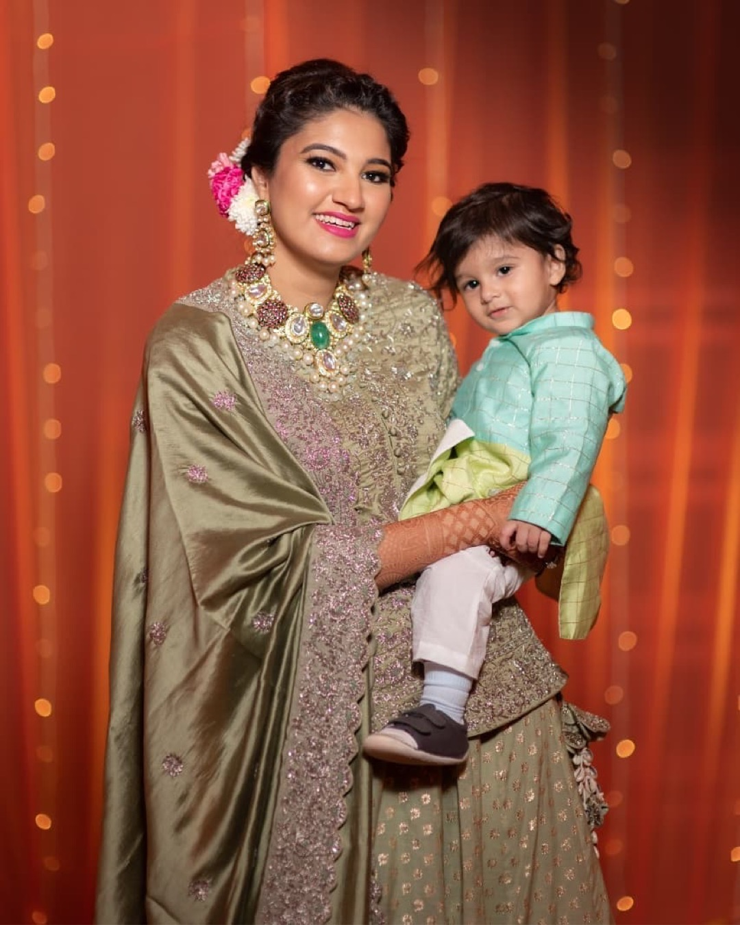 indian bride | polki dimond | bridal makeup for Indian brides | bridal outfit | designer brides | indian celeb wedding | #celebrity #indianceleb #celebwedding #polkidiamond #polkinecklace #anammirzawedding | anam mirza wedding | bridal lehenga | green muslim brides | green lehenga | bridal outfit| | #wittyvows #bridesofwittyvows