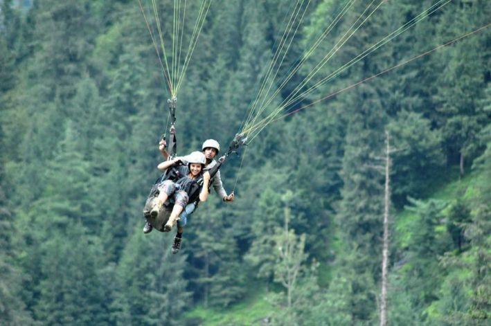 paragliding before getting married   destination ideas for bachelorette party