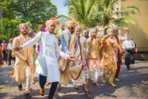 groom sqaud sangeet songs for grooms's side   2020 best sangeet songs   brother of the groom dance   indian wedding performence   #indianwedding #baaratidance #snageetplaylist #indiangroom #groomsofwittyvows #wittyvows #bridesofwittyvows #indianweddings #bigfatindianwedding