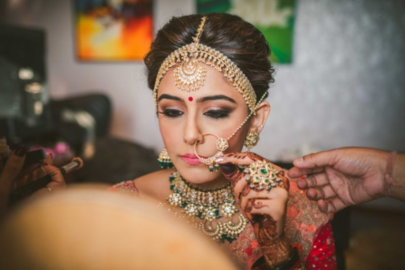 indian bridal jewellery | getting ready shots