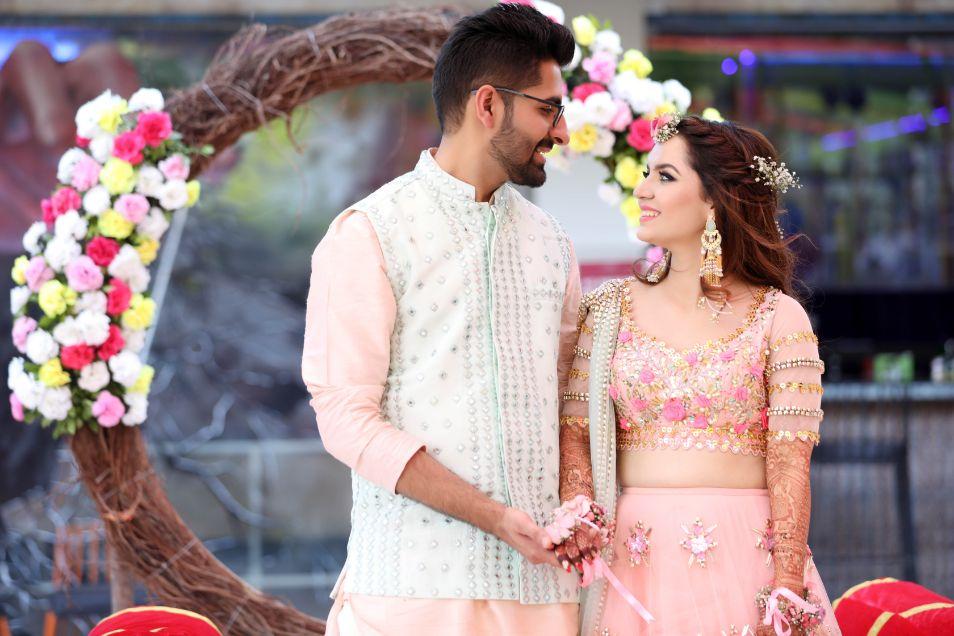 Indian Wedding with prettiest Mehendi Lehenga and Hairstyle