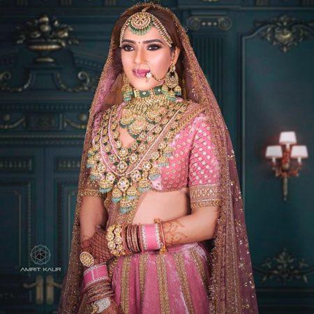 green emerald raani haar | pink bridal lehenga for indian brides 2020