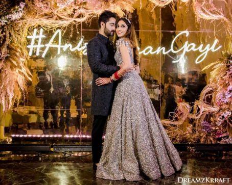 beautiful hashtag wedding decor ideas