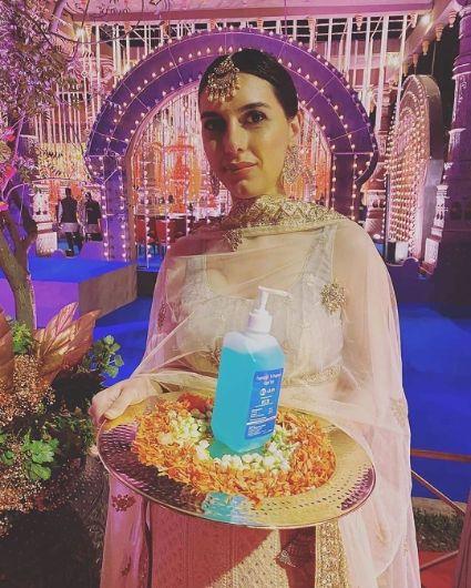 Effect of Corona Virus on Weddings | use santizers