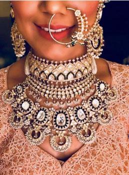 bridal necklace desings for 2020 brides | Polki Jewellery necklace designs| polki jewellery necklace ideas to wear at your indian wedding | choker polki necklaces for indian brides #wittyvows #polkijewllery #indianbride #2020weddings #diamondnecklaces #polkinecklaces #trendingjewllery #bridaljewllery #bridallehnga #bigfatindianwedding #destinationwedding