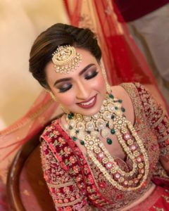 Polki Jewellery necklace designs | red lehenga for indian brides of 2020 #lehenga #wittyvows #polki