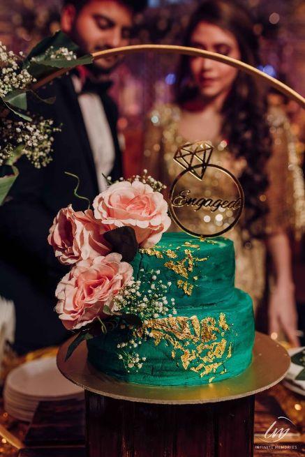 Engagement cake ideas   Prettiest Vintage Decor For Mehendi