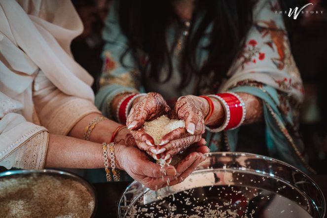 bridal chooda | indian wedding photography | Destination Wedding in Jaipur