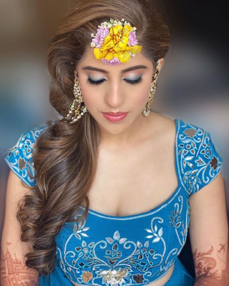 Bridal blouse ideas | floral jewellery for the bride