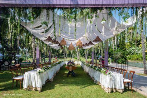 white and greern decor ideas | wedding in Kerala