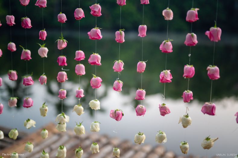 beautiful rose hangings | wedding in Kerala