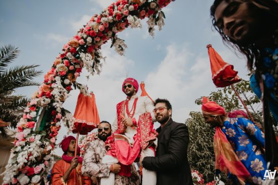 groom entry | decor idaes | Fab Matching Outfit Ideas