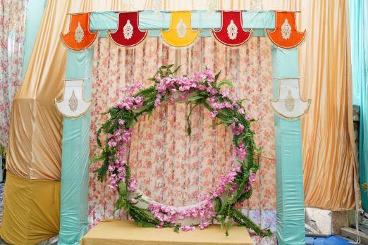 beautiful indian wedding decor | seating ideas