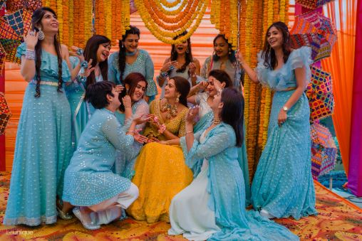 brides brother and sisters | photography ideas