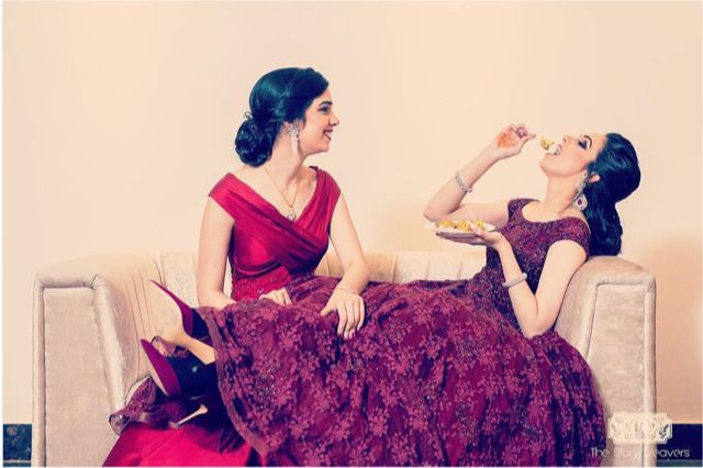 indian wedding bridesmaid duties that should be done by your bff | eating with your best friend | bridesmaids duties Indian Bridesmaids | wittyviws |#indianwedding #indianbridesmaid #bridesmaids