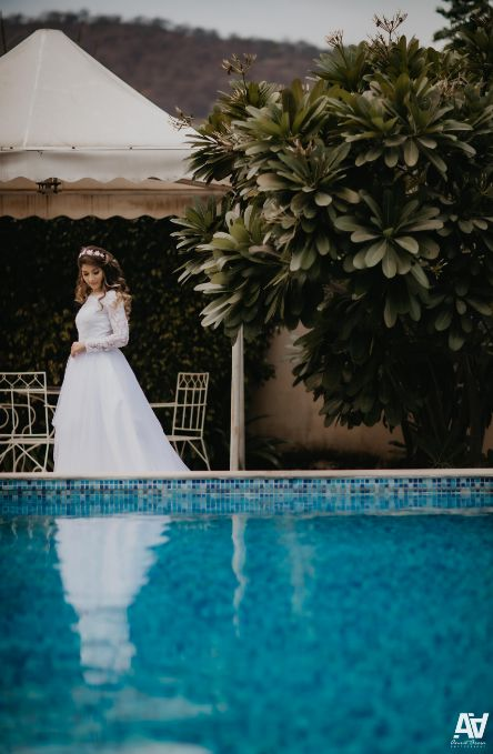 indian weddings | pool side photography