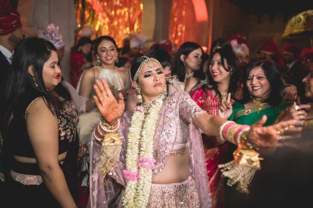 dacing bride | stunning varmala | Fun Jaipur Wedding