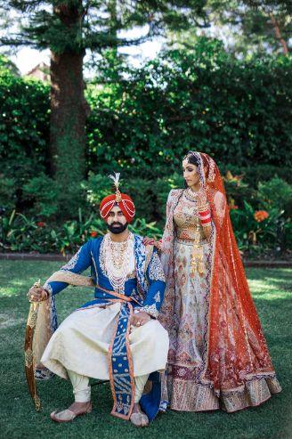 couple portrait photography | poses for indian couples | Cutest Surprise Proposal Ideas