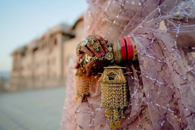 indian bridal details | kaleere | pink chooda | Fun Jaipur Wedding