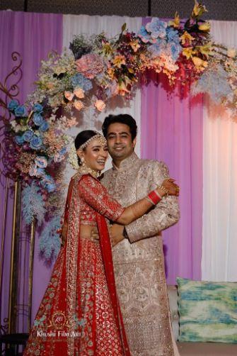 indian couple photography ideas |Bride in Anita Dongre Lehenga