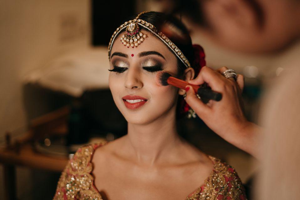 indiAN bride getting ready photos | Destination Wedding in Udaipur