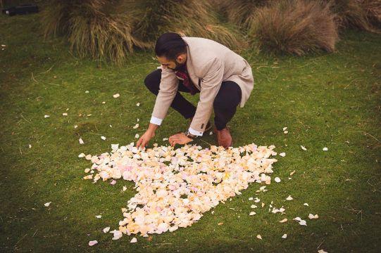 heart with flowers proposal ideas   Cutest Surprise Proposal Ideas