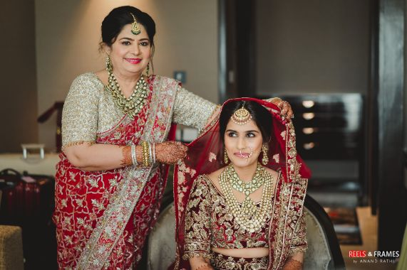 indian bride getting ready photos | mother of the rbide