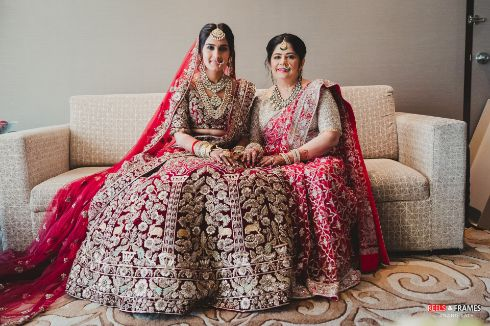 [posing with mom | indian bridal diaries