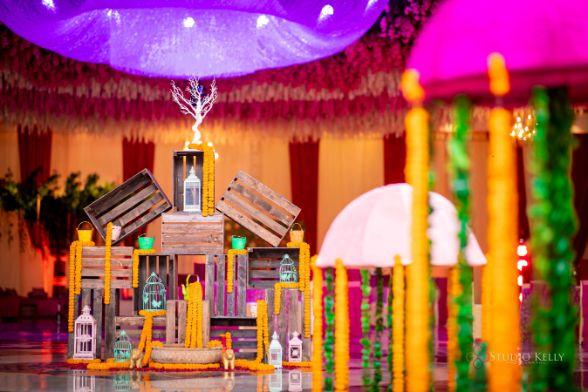 flower decor ideas | indian mehendi ceremony