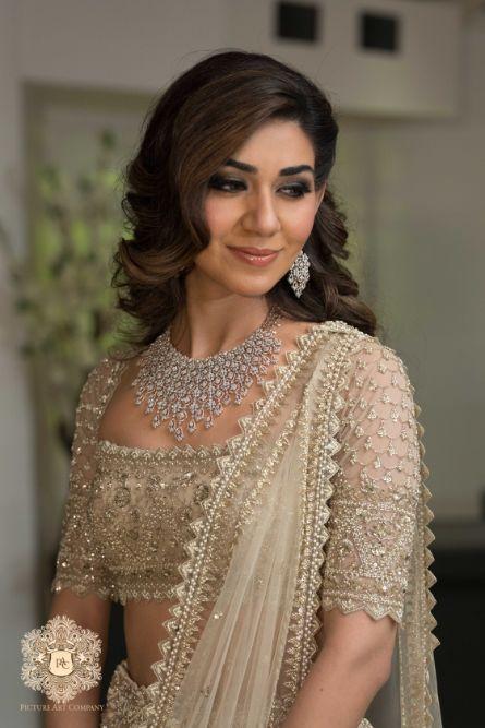 diamond necklace for engagement day | Mirror Work Lehenga for Mehendi