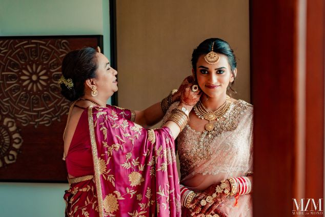 indian bride getting ready with her mother photos | Beach Wedding in Sri Lanka