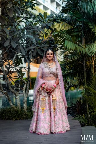 stunning bridal kaleera | Beach Wedding in Sri Lanka