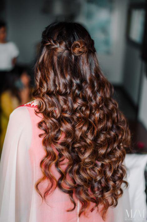 indian bridal mehendi day hairstyle