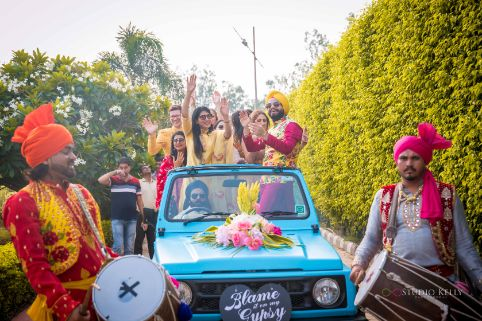 mehendi day entry ideas for bride and groom