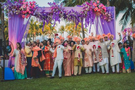 coolest pictures from indian weddings | Beach Wedding in Hua Hin