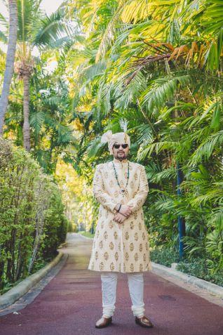 indian groom | groom wedding photography | Beach Wedding in Hua Hin