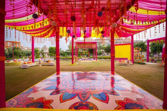 daning floor colourful hanging | floral decor ideas | real weddings | #indianwedding #wittyvows | destination wedding Kitsch mehendi decor Decor ideas | colourful decor trendy weddings
