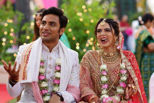 stunning varmala for the couple   Prettiest Mumbai Wedding