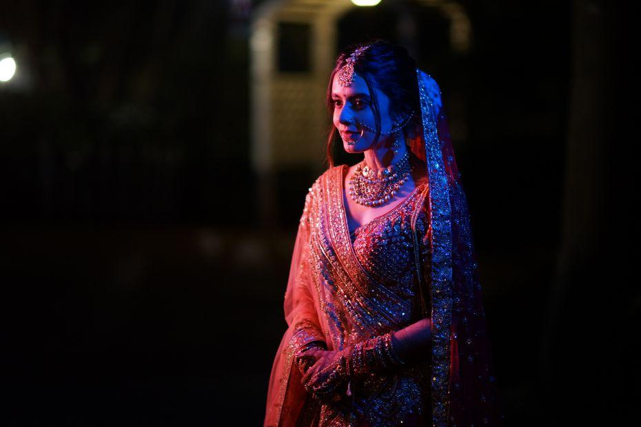stunning indian bride   bridal details   v