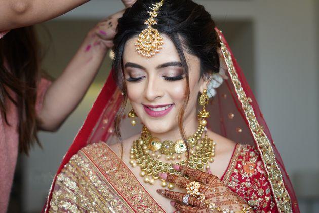indian brodal makeup goals   Prettiest Mumbai Wedding