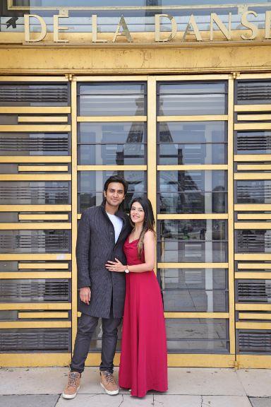stunning couple   propsal goals