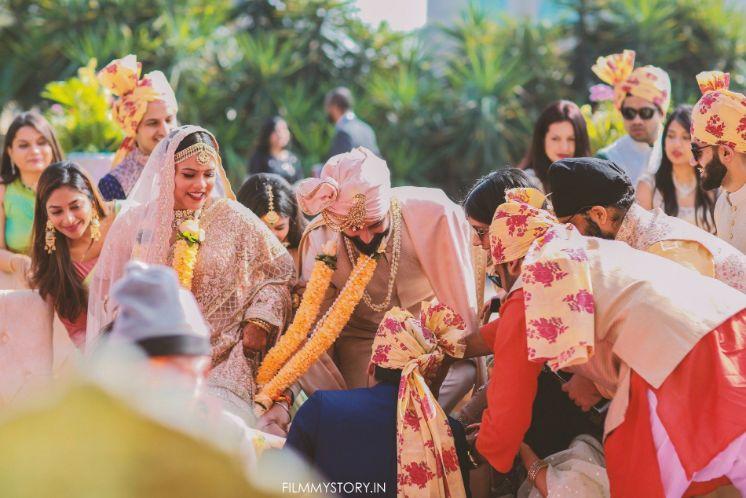 DIY wedding | wedding in Delhi | Sabyasachi lehenga | pink lehenga , indian wedding, indian bride , wittyvows