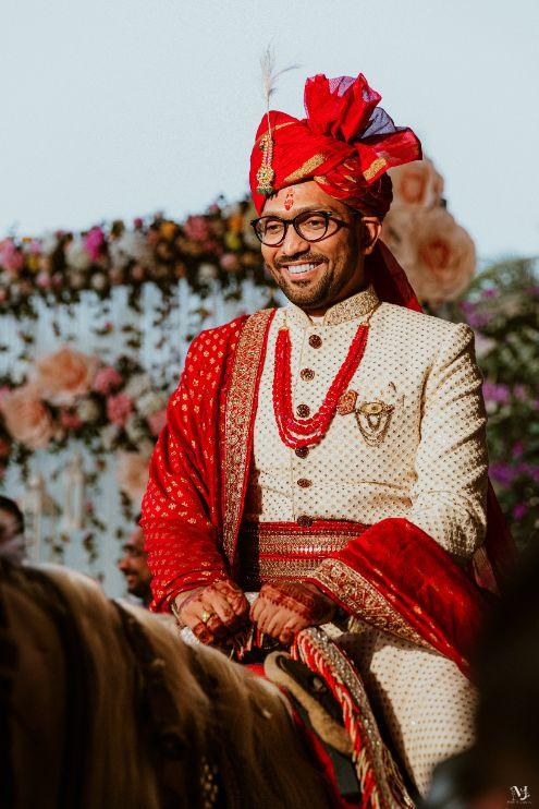 indian groom , Rajasthani wedding | DIY lehenga design | Bridal hairdo | footear | boss bride customised | wittyvows real wedding |