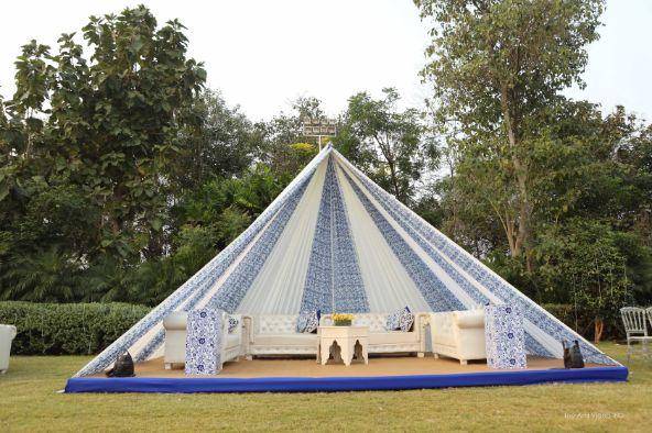 indian wedding ideas , decor trends , indian couple kissing | indian wedding , wittyvows , wedding blog ,, wedding decor Moroccan theme mehendi mehendi decor