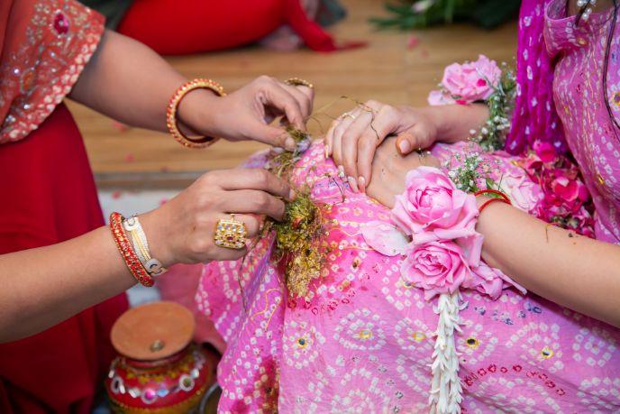 bridal detail , floral jewllerey ,  pink flowers , indian couple , wittyvows , weddings , indian bride , bridal lehenga , Lockdown wedding | intimate wedding | Wedding at home