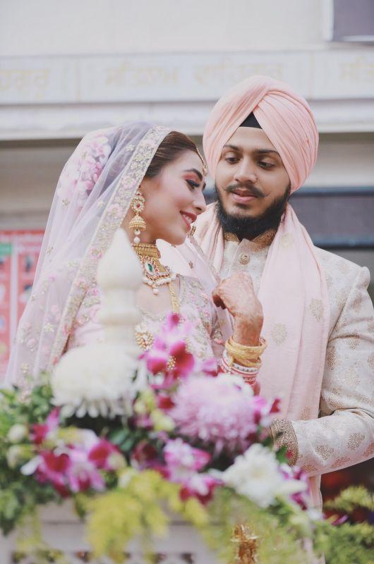 indian punjabi Wedding , weddings 2020 , red lehenga , pastel wedding | engagement lehenga | lehenga in red