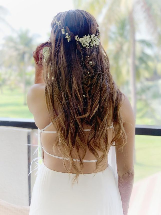bridal hairstyle , all white , destination weddings , wittyvows , wedding blog Beach wedding | wedding in Goa | cocktail outfit | beach party
