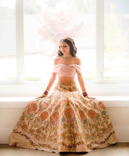 Bridal Portraits | Indian brides | Pastel lehengas