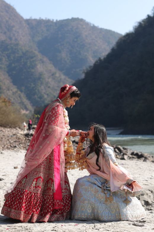 sister of the bride , hill station wedding | wedding in Rishikesh | riverside mandap