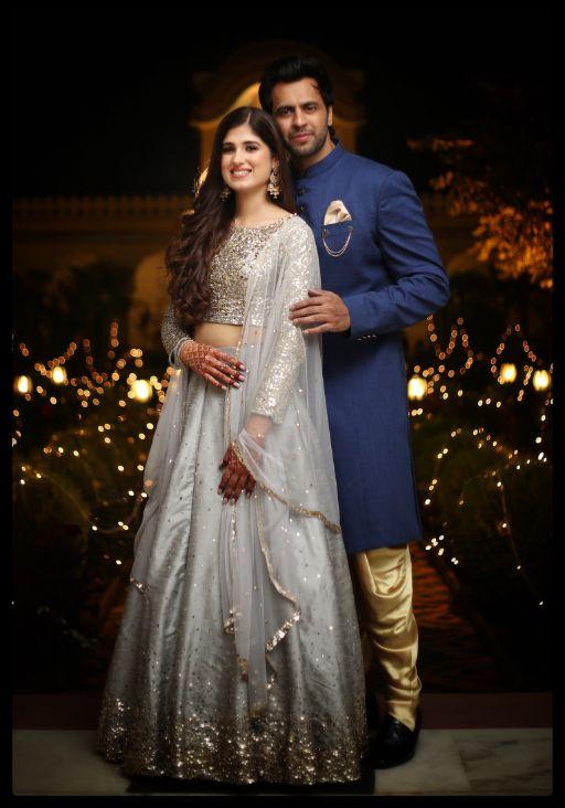 couple poses | wedding shoot diaries